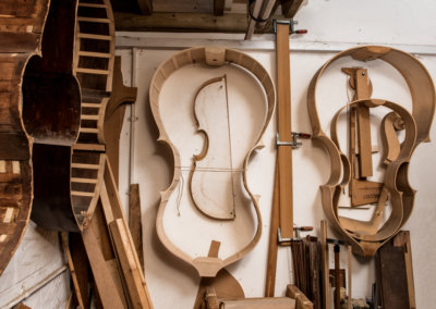 Double-Bass-luthier_4